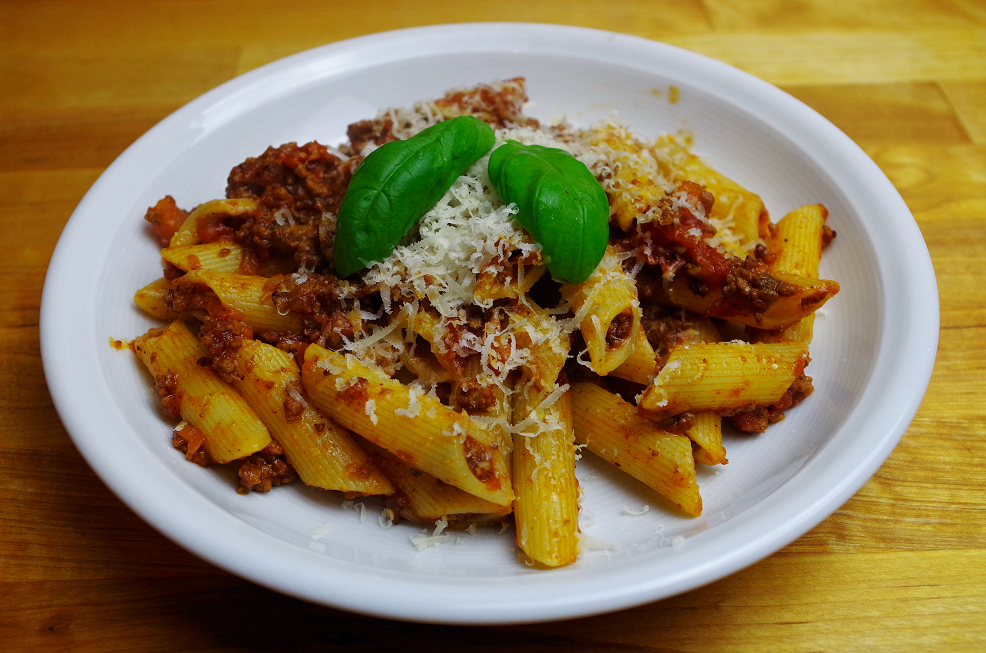 Pasta mit Sauce Bolognese