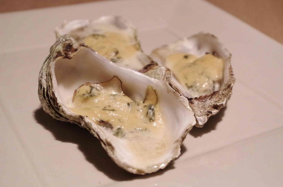 Heiße Austern in Sahne