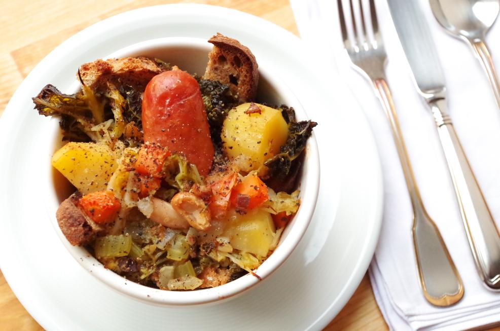 Gemüsesuppe mit Wurst